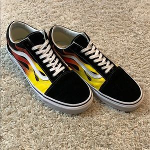 🔥 Vans Old Skool Flame Black / True White 🔥